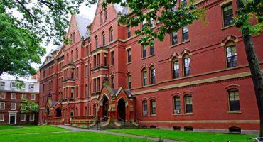 Por compartir memes manchados, jóvenes perdieron oportunidad de entrar a Harvard