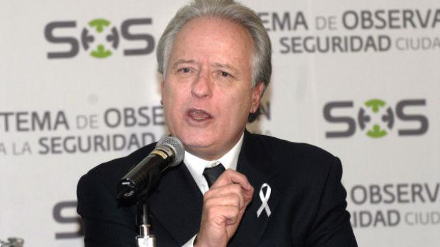 Propone Alejandro Martí el número 911 para emergencias en todo el país