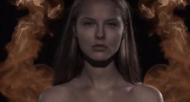 Humo, fuego y amor en el nuevo video de M83 para