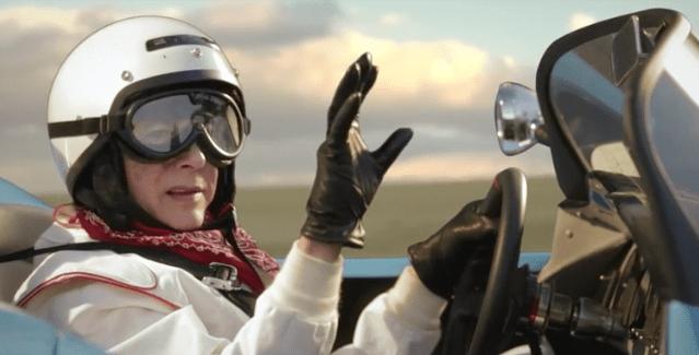 Paul Reubens se vuelve loco conduciendo su auto en el nuevo video de TV on the Radio,