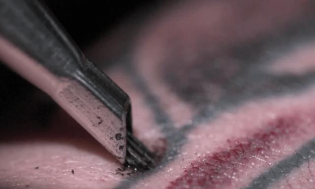 Así se hace un tatuaje (en Slow Motion)