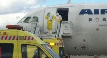 Aislaron avión en aeropuerto de Madrid por pasajero sospechoso de ébola