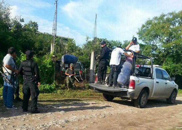 Encuentran fosa clandestina en Iguala, cuerpos podrían ser de normalistas desaparecidos