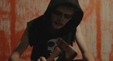 The Orwells se bañan de sangre en su video para