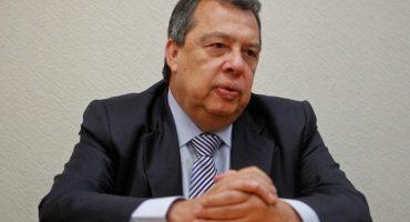 Ángel Aguirre declina a precandidatura a diputado: