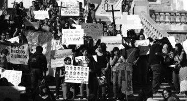 Chomsky, Butler, Umberto Eco y más intelectuales se suman a #JusticeForAyotzinapa
