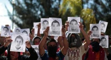 4 detenidos más por caso Ayotzinapa y 4 nuevas fosas clandestinas: Murillo Karam