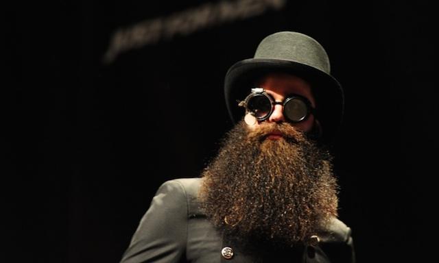 WTF??!! Seis años de cárcel por dejarse crecer la barba