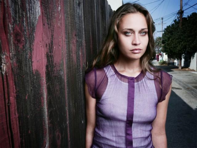 Escucha la nueva canción de Fiona Apple para la serie de TV,