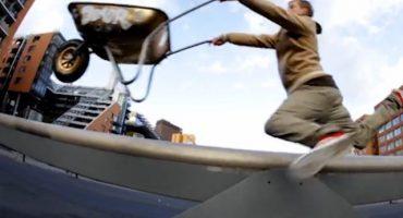 ¿La nueva moda? Skateboard con carretilla