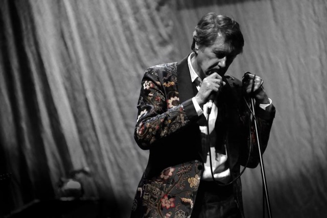 Bryan Ferry nos presenta el vanidoso video de
