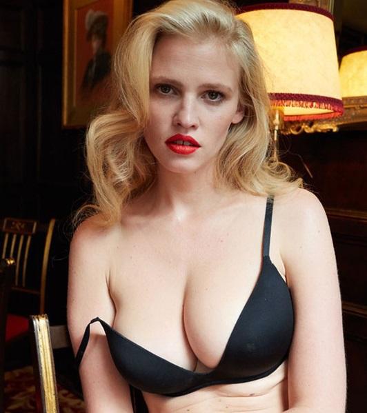 Lara Stone, desnuda y libre de photoshop (NSFW)