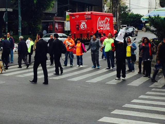 Protestan contra parquímetros en la Nápoles