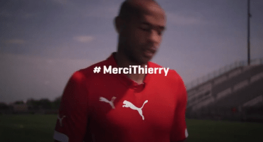 El tributo de Puma y algunos futbolistas en el adiós de Henry #MerciThierry