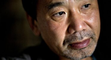 Murakami abre sitio web para comunicarse con sus fans