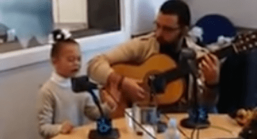 Carta para los Reyes Magos, cantada por una niña malagueña