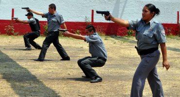 WTF!!?? Policías practicaban tiro con piezas arqueológicas