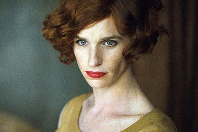 Primera imagen de Eddie Redmayne como mujer para