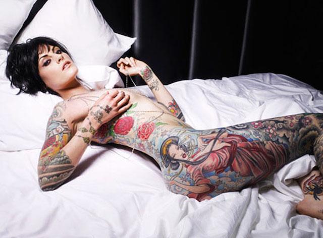 Chicas Tatuadas En El Menú De Hoy