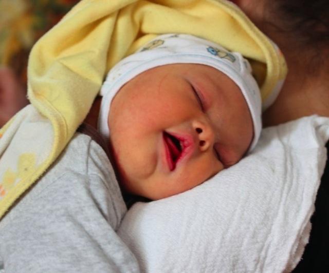 Nació con síndrome de Down y su mamá lo abandonó