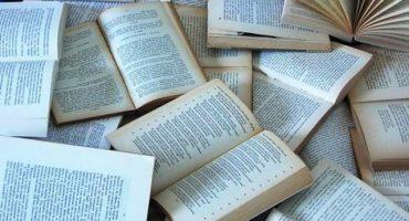 ¿Sabes de dónde provienen palabras como nerd y cojones?