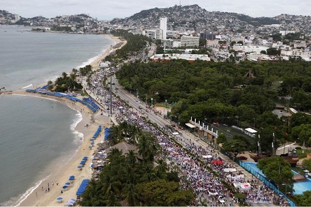 Así estuvo la marcha con machetes en Acapulco