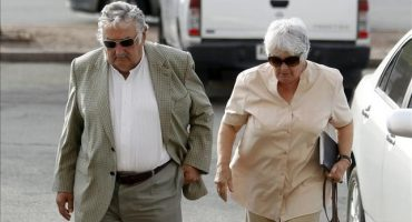 Esposa de José Mujica va por alcaldía de Montevideo