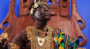 Conoce al rey africano que gobierna por Skype