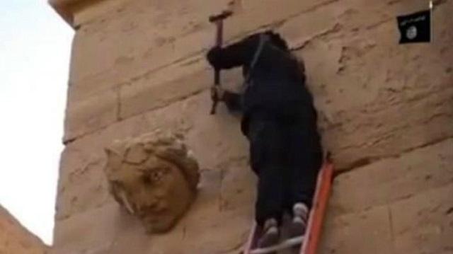Video: ISIS destruye otro Patrimonio de la Humanidad