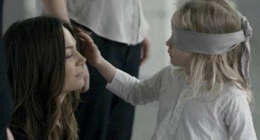 Video: Niños distinguen a su mamá hasta con los ojos tapados
