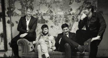 Mira a Mumford & Sons interpretar un nuevo tema en vivo: