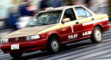 Video: Taxista se masturba mientras lleva pasaje