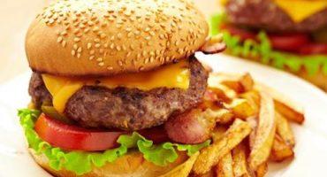 Un pequeño homenaje a las hamburguesas en su día