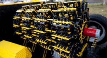 El increíble coche construido con Legos y que funciona