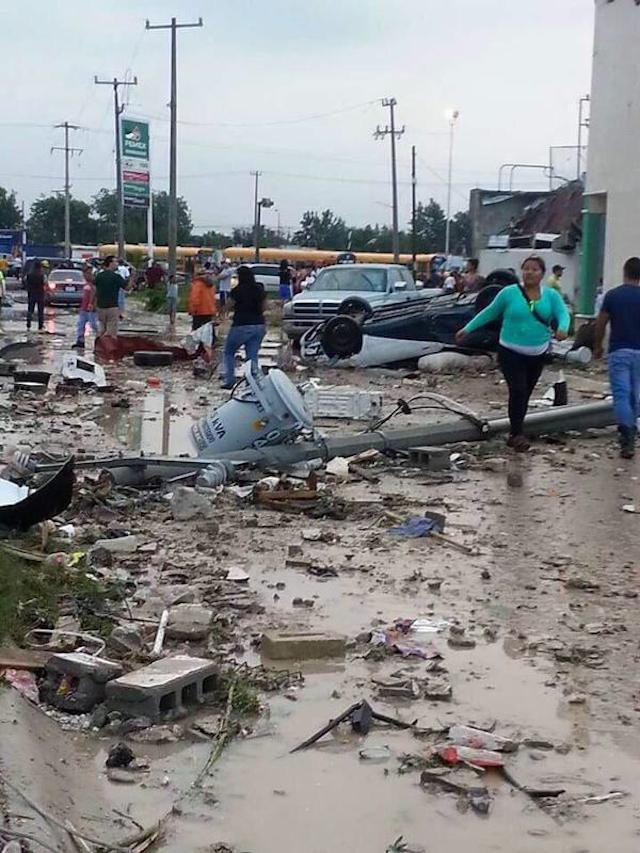 Galería: Tornado en Ciudad Acuña, Coahuila; EPN visita la zona