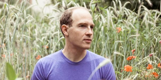 Escucha un nuevo track de Daphni, el proyecto alterno de Caribou