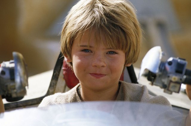 Anakin Skywaker (Jake Lloyd) fue arrestado