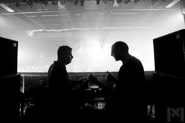 Escucha la colaboración de Chemical Brothers y St. Vincent: