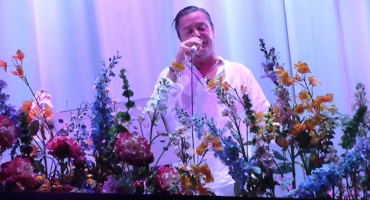 Mira a Faith No More hacer un cover de