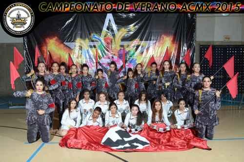 Chicas enaltecen nazismo en concurso de baile realizado en la UdeG