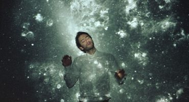 Música electrónica desde lo más profundo de los Andes: Entrevista con Nicola Cruz