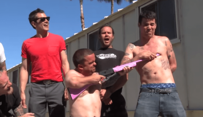 "Steve-O filtra un video nunca antes visto de ""Jackass"""