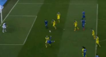 El mejor gol de chilena del 2015