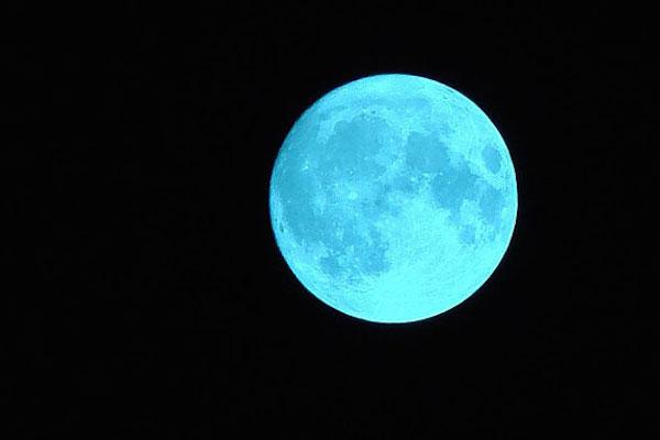 Todo lo que debes saber sobre la luna azul de esta noche for Que luna hay esta noche