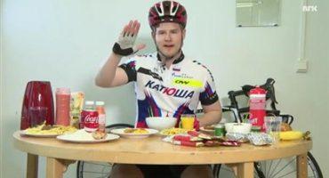 Intenta comer lo que ciclista de la Tour de France y falla asquerosamente