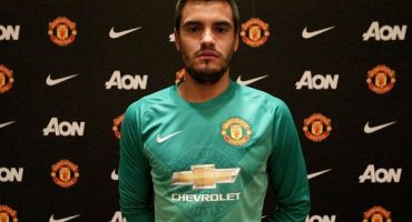 Manchester United firma a Sergio Romero
