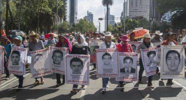 Marcha del Ángel al Zócalo por los 43 estudiantes