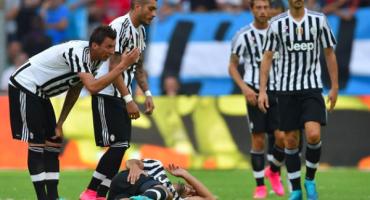 Sami Khedira se lesiona en partido amistoso; estará fuera dos meses