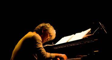 Ryuichi Sakamoto se recupera de salud y vuelve a la música