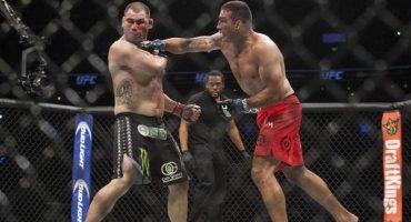 Habrá revancha entre Caín Velásquez y Werdum en la UFC